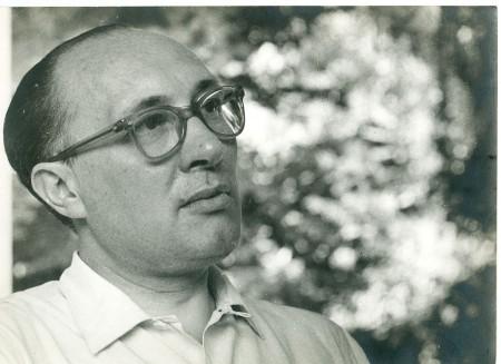 Héctor P. Agosti